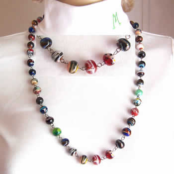 "28"" Multi Color Swirled Necklace"